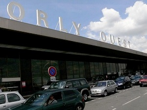 orly airport to loire valley by car driving. Black Bedroom Furniture Sets. Home Design Ideas