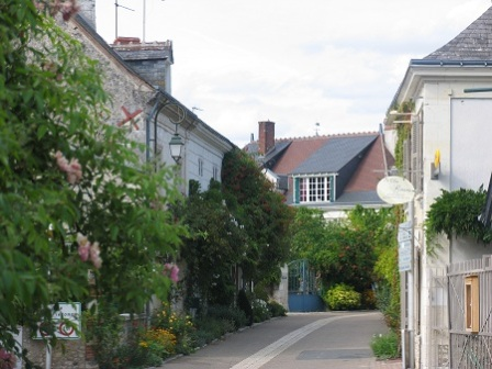 Chedigny street