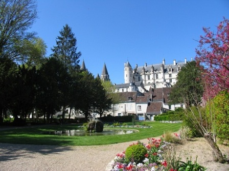 view of Royale Logis in Loches from public gardens