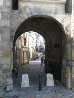 Arched gate entry ino Loches