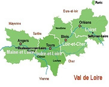Map showing main departments that make up the Loire Valley