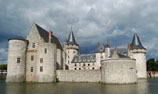 link to chateau Sully sur Loire