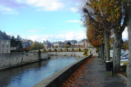Loir river at vendome