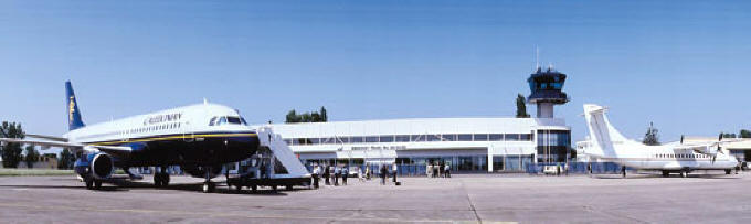 Tours Airport in the Loire Valley